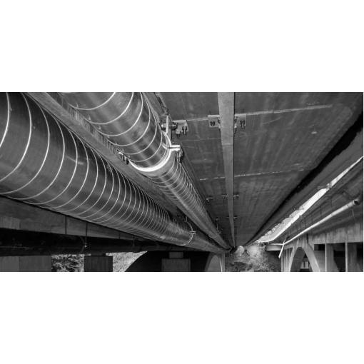 Potrubí s tepelnou izolací na mostě - vnější plášť oplechování
