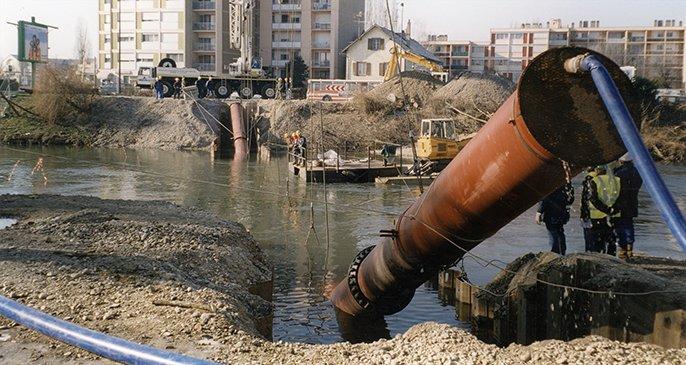 Pokládka pod vodou - voda - Saint-Gobain PAM - trubky z tvárné litiny
